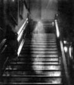 haunted hotel travel destinations